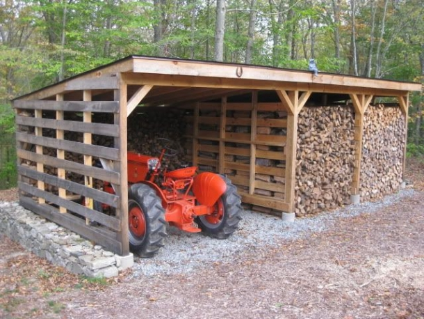 Recycled pallet barn ideas pallet ideas recycled for How to build a small pole barn